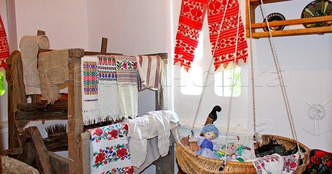Музей історії Козятина. Постійні павільйони: 2) Стара хатинка в Козятині.